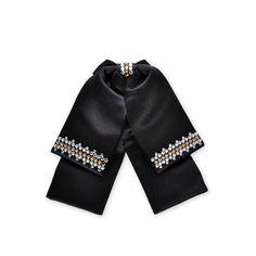 Emilio Crystal Bow Tie  #crystal, #Swarovski, #bowtie  http://www.playbling.com/en/crystal-wedding-accessories/emilio-crystal-bow-tie-2.html