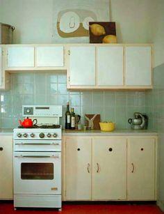Simple. Kitchen.
