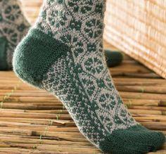ISSUU - Around the world in knitted socks 26 inspired designs by stephanie van der linden by Orsa Minore