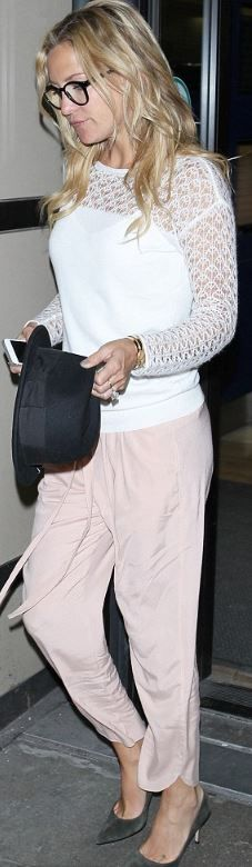 Who made  Kate Hudson's white lace top, pink pants, gray suede pumps?