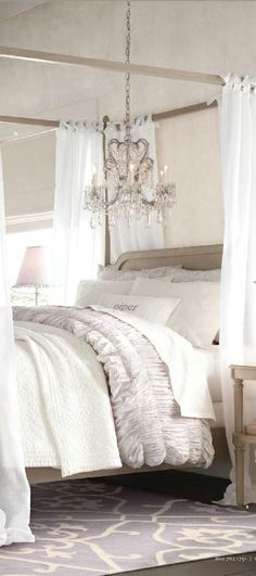 Bedroom | ベッドルーム | Camera da Letto | Dormitorio | Chambre à Coucher | Boudoir | Bed | Decor | Manchester | Canopy