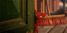 The red yarn that makes Yarny is a symbol of love. And so it's with this yarn that Yarny helps the old woman reconnect with the things that she loves - her long, lost memories. #Unravel #VideoGame #GameReview