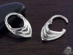 Teardrop Septum Clicker Septum Clicker, Daith, Septum Ring, Septum Jewelry, Body Jewelry, Body Mods, Coral Pink, Art Forms, Gauges