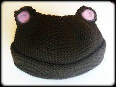 Newborn knitted organic merino baby bear hat