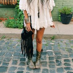 boho clothes look pretty in pictures but in real they kind of look weird sometimes