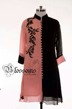 Pink and black kurti! Kurti Sleeves Design, Kurti Neck Designs, Kurta Designs Women, Kurti Designs Party Wear, Blouse Designs, Stylish Dresses For Girls, Stylish Dress Designs, Designs For Dresses, Simple Dresses
