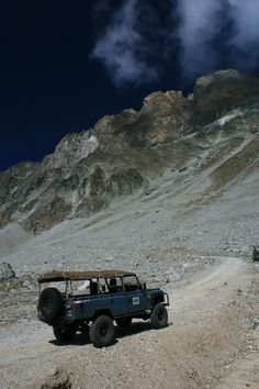 Land Rover Defender 4x4 off road Landscapes #LandRover #LandRoverDefender #Defender #Landy #adventure #lanscapes #portraits #travel #overland #expedition #camping #Icon #LandRoverDefenderLegend