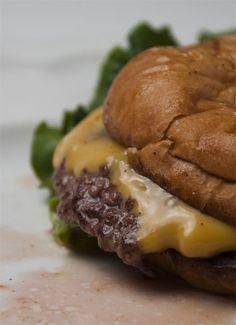 diner cheeseburger