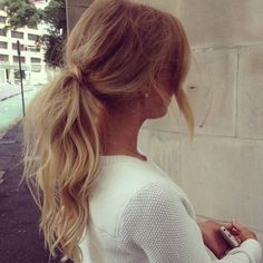 hair blonde brunette pony tail