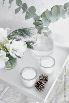 Tray table Christmas Time, Xmas, Modern Country Style, Living Room White, White Cottage, Cottage Interiors, Scandinavian Interior, Living Room Inspiration, White Flowers