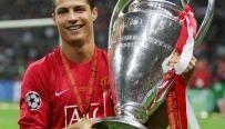 Ronaldo a gagné la Ligue des champions en 2008 - saison parfaite