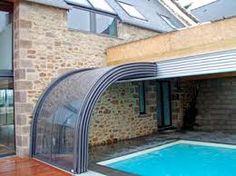 Resultado de imagem para piscina pequena com vidro