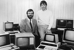 Getting started: Microsoft co-founders Paul Allen (left) and Bill Gates  #billgates #paulallen #microsoft