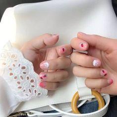 Gradual transparent pure color with Strawberry pattern fake nails Japanese cute cartoon false nails french full nail tips Dark Purple Nails, Short Fake Nails, Nail Set, Glue On Nails, Bridal Jewelry Sets, French Nails, Natural Nails, Nail Tips, Pure Products