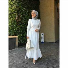 Islamic Fashion, Muslim Fashion, Modest Fashion, Fashion Dresses, Hijab Style, Hijab Chic, Formal Casual, Modele Hijab, Hijab Fashionista