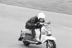 Team Wildcat Tuning ~ Les Rafferty racing The first Wildcat Gp 125cc. He also had a go at being a sidecar passenger, which unfortunately ended in disaster.