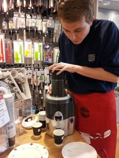 Callum showing off his juicing skills with the Magimix Le Duo Juicer in our St Albans branch.