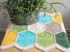 Crochet Hexagon Table Runner - Free Pattern!
