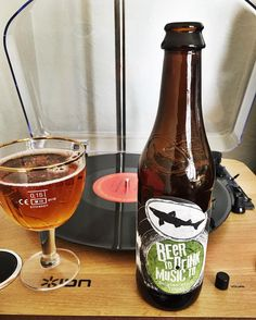 Perfect Saturday!  Dylan on the table and Dogfish Head in the glass  Dogfish Head Beer To Drink Music To  #craftbeer #beer30 #dogfishhead #beertodrinkmusicto #belgian #tripel #beergasm #nowspinning #bobdylan #blondeonblonde #craftbeergasm #craftculture #beerporn #cheers by beer.30