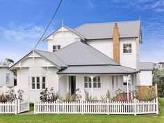 Photo of a brick house exterior from real Australian home - House Facade photo 125742