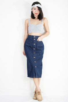 Dark Blue Denim Skirt. CHIC! www.ezzentrictopz.com | #VintageDenimSkirt #HighWaistedSkirt #MaxiSkirt #Bodycon