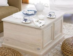 Coffee Table w storge