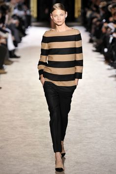 stella - already have a LAUREN by Ralph Lauren sweater like this - wear with skinny ankle length pants for updated look