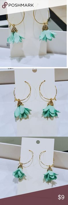 Selling this Mint Flower Drop Earrings on Poshmark! My username is: christinabr159. #shopmycloset #poshmark #fashion #shopping #style #forsale #Jewelry