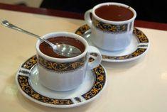 llll➤ Delicioso Chocolate caliente Mambo | Elrobotdecocina.net Churros, Chocolate Caliente, Tea Cups, Tableware, Chocolate Recipes, Easy Recipes, Food Processor, Dessert, Winter