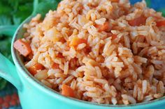 Easy Spanish Rice Easy Spanish Rice Recipe (Mexican Rice) - The Anthony Kitchen Mexican Rice Recipes, Rice Recipes For Dinner, Spanish Rice Recipe, Spanish Recipes, Food Platters, Spanish Food, A Food, Easy, Stuffed Peppers