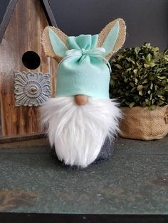 Check out this item in my Etsy shop https://www.etsy.com/listing/590531289/scandinavian-easter-bunny-gnome-nordic