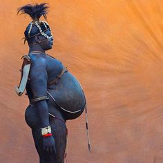 The Bodi tribe lives close to the #Omo River in southern #Ethiopia (Omo Valley)…