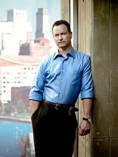 Photo of Gary Sinise for fans of Mac Taylor 1130484 Les Experts Manhattan, Eddie Cahill, Stylish Men, Men Casual, Detective, Gary Sinise, Cop Show, Evolution Of Fashion, Famous Men