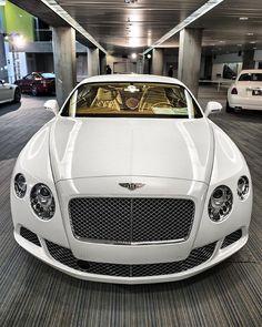 Bentley via @DuransWorld  ⠀⠀ ⠀⠀⠀⠀ Photo by Jim Watkins #ThePrestigeLifestyle