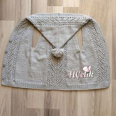 Ein weiteres schönes Modell 👏😍 Very Succes Crochetbabyblanket - Diy Crafts - Q . Diy Crafts Knitting, Knitting For Kids, Baby Knitting Patterns, Knitting Stitches, Crochet Backpack, Toddler Sweater, Baby Cardigan, Crochet For Beginners, Baby Sweaters