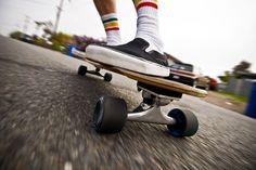 Diy Glitter Sneakers, Roller Sports, Canvas Sneakers, Diy Tutorial, Skateboard, Stock Photos, Activities, Image, Skateboarding
