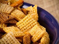 "Chex has as much a reputation as a snack food as it does a breakfast cereal. If you're a fan of TLC's hit reality show, ""Jon and Kate Plus you might remember that Kate made a Chex-based snack for her kids she called ""monkey munch. Davita Recipes, Kidney Recipes, Kidney Foods, Recipies, Diet Recipes, Dialysis Diet, Renal Diet, Dialysis Humor, Low Potassium Recipes"