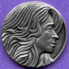 STEVE ADAMS HOBO NICKEL - FEMALE* - NO DATE BUFFALO PROFILE Steve Adams, Hobo Nickel, Copper Penny, Making Out, Skulls, Buffalo, Repurposed, Coins, Carving