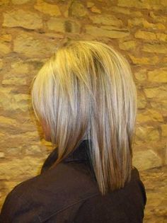 Blonde-Hair-with-Highlights-and-Lowlights