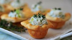 Gorgonzola and Pear Cups ~ try with phyllo cups or puff pastry Appetizers For Party, Appetizer Recipes, Snack Recipes, Dessert Recipes, Snacks, Desserts, Phyllo Cups, Pillsbury Recipes, Yummy Food