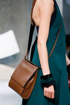 Cross body. Marni.