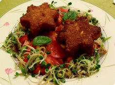 Yuhgas Abendessen: Gemüsesternchen mit Mais und Tomaten