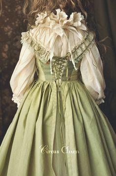 Kawaii Fashion, Lolita Fashion, Old Fashion Dresses, Fashion Outfits, Pretty Outfits, Pretty Dresses, Modern Victorian Fashion, Kawaii Dress, Little Doll