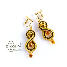 KaoriNa. <カオリナ>ソウタシエ刺繍アート♪ ソウタシエを用いたコード刺繍アクセサリーを制作しています。 Infinity Earrings, Lace Earrings, Soutache Earrings, Drop Earrings, Shibori, Earring Set, Jewelery, Techno, Handmade