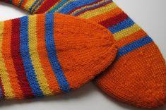 A's ALMANAKK: Lynkurs i sokker... Knitted Hats, Knitting, Tricot, Breien, Stricken, Weaving, Knits, Crocheting, Yarns