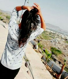 Anupriya Cute Girl Photo, Girl Photo Poses, Girl Poses, Teenage Girl Photography, Girl Photography Poses, Cool Girl Pictures, Cute Couple Pictures, Beautiful Girl Indian, Beautiful Girl Image