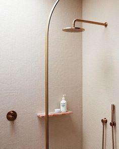 A pink children& ensuite bathroom with rose gold accents Classic Bathroom, Modern Bathroom, Small Bathroom, Master Bathroom, Bathroom Styling, Bathroom Interior Design, Coastal Inspired Bathrooms, Natural Stone Bathroom, Bathroom Renovation Cost