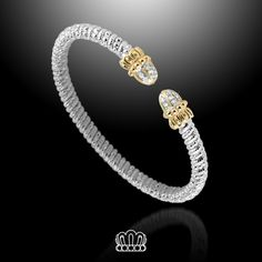 Attention #VahanLadies, this one's a proven favorite!  #VAHAN #VahanStyle #Bracelet #Gold #Silver #Diamonds