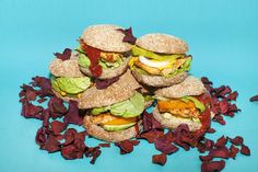 Sakara Approved: The Ultimate Date Night Burger Your Man Will Love Too