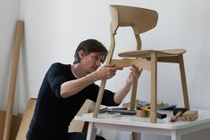 Julia Läufer + Marcus Keichel tell us about their new chair series for Zeitraum School Furniture, Cheap Furniture, Furniture Making, Wood Furniture, Furniture Design, Street Furniture, Joinery Details, Contemporary Furniture, Chair Design